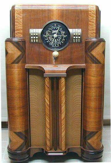 Radio Em Madeira Marchetada Dec De 1930 Radio Antigo Armario De Livro Vitrola