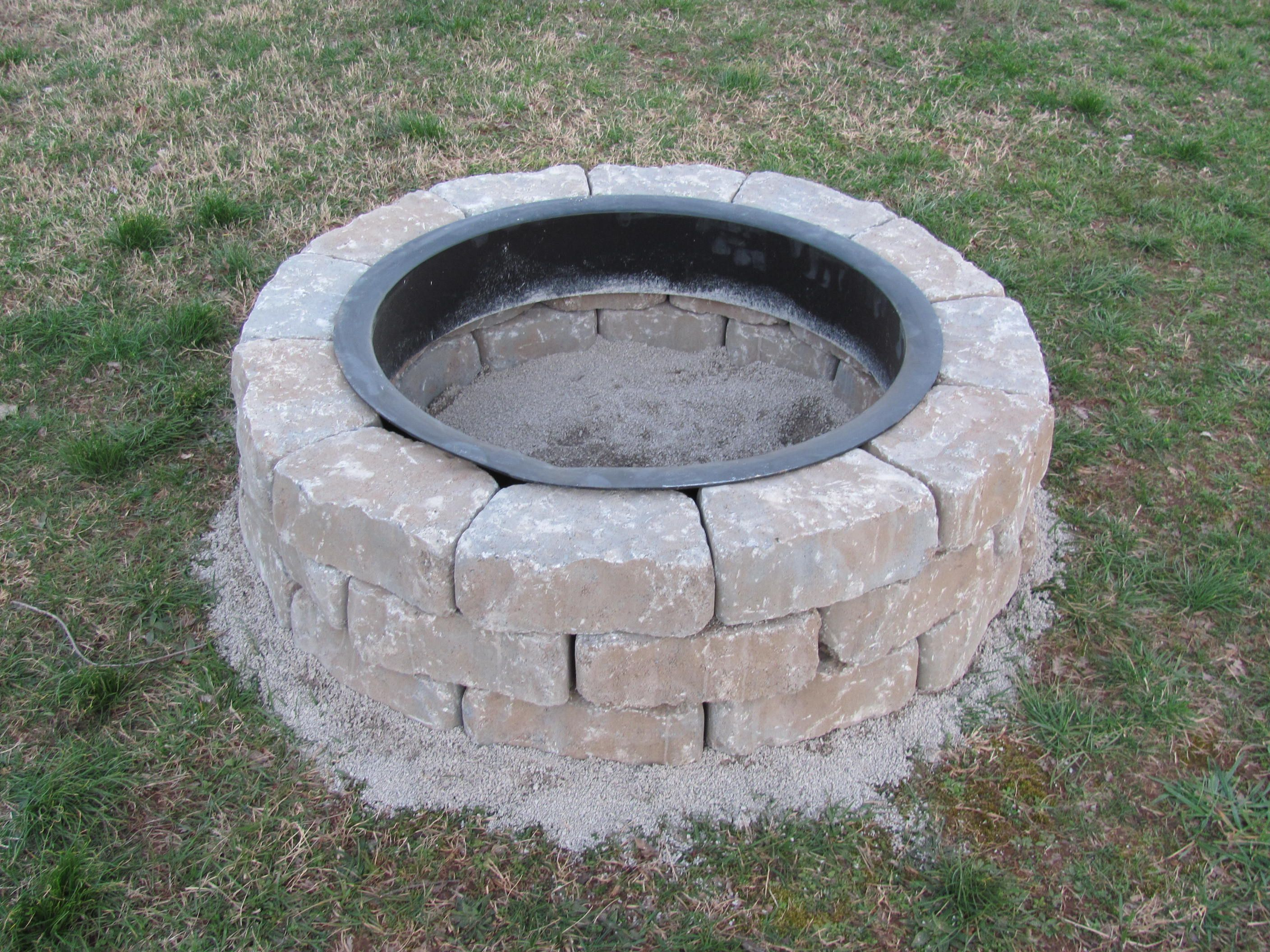 Lowes fire pit kit weekend project 1 garden for Lowes fire pit