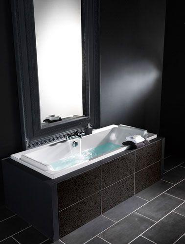 Salle de bain noir et blanc c\u0027est la tendance déco