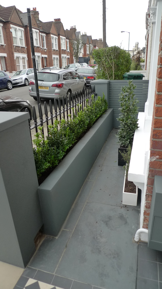Grey Front Garden Wall In 2021 Victorian Front Garden Front Garden Design Front Garden