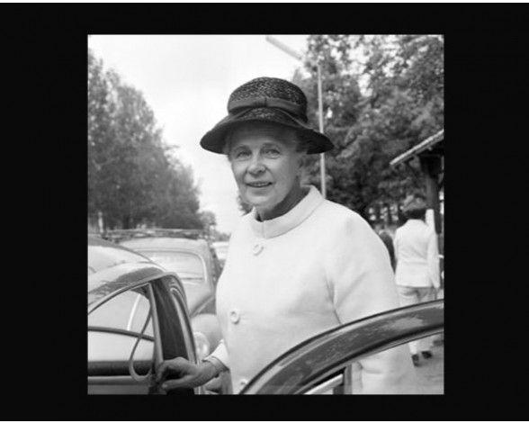 Alva Myrdal Premio Nobel De La Paz Feminist Writers Modern Feminism Nobel Peace Prize