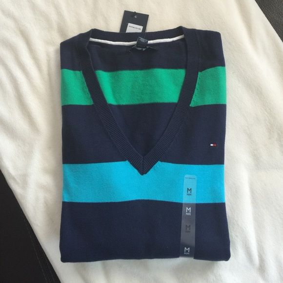 Tommy Hilfiger Cotten brand new sweater Tommy Hilfiger Cotten brand new sweater, size M and S available Tommy Hilfiger Sweaters Crew & Scoop Necks