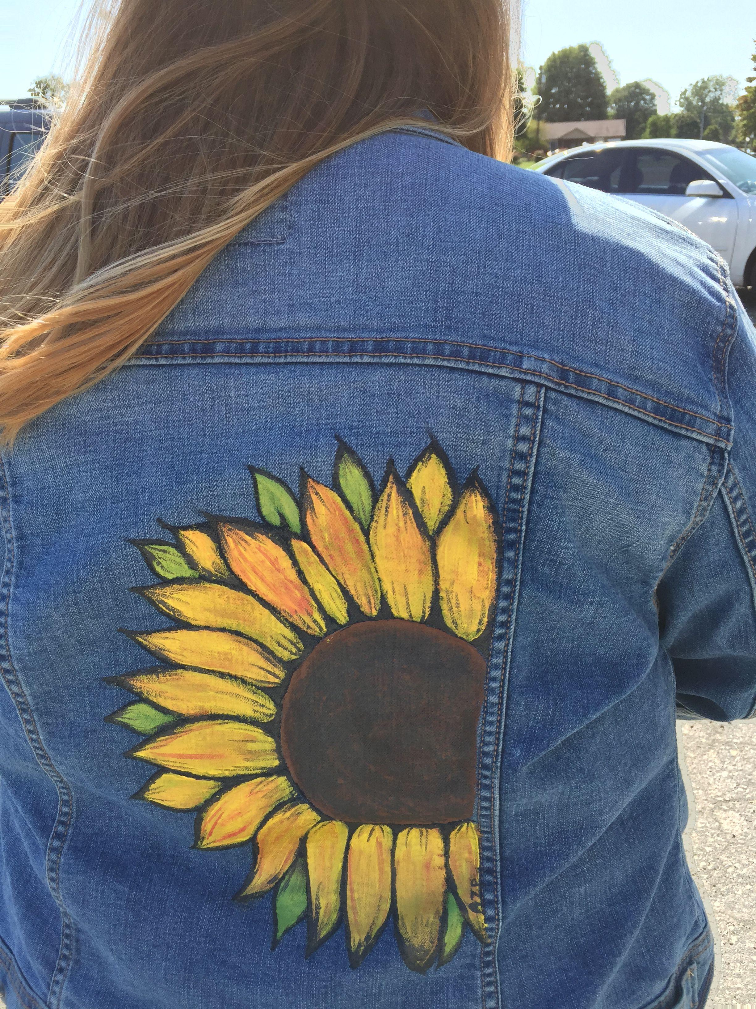 Unique Painted Sunflower Jeans Jacket Diy Denim Jacket Denim Jacket Diy Paint Painted Denim [ 3264 x 2448 Pixel ]