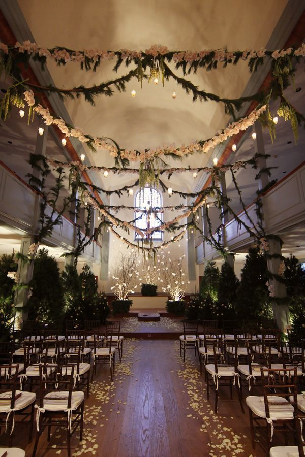 25 romantic winter wedding aisle dcor ideas - Halloween Themed Wedding Reception