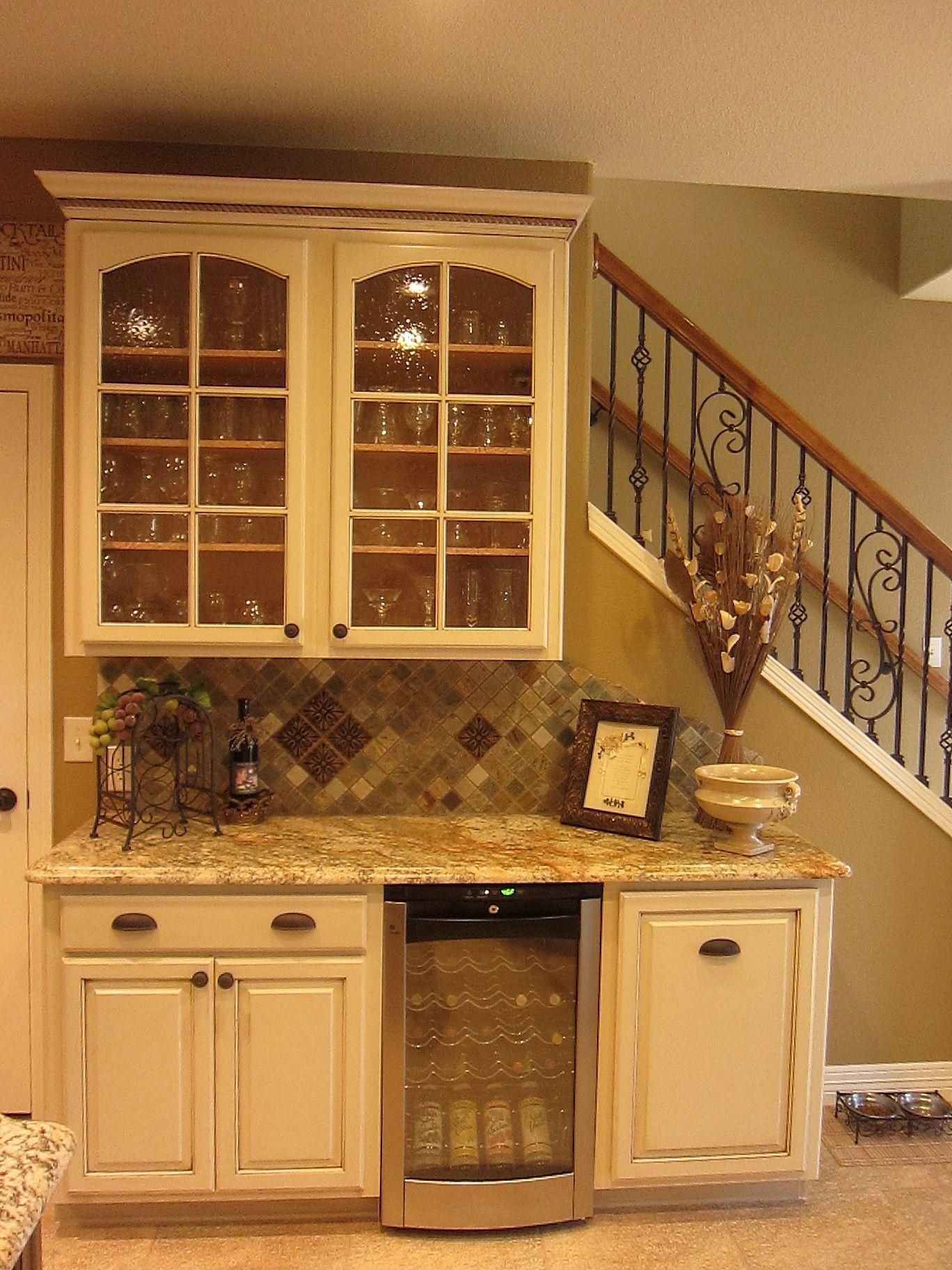 Beverage center by LoneStar Property Solutions | Kitchen redo
