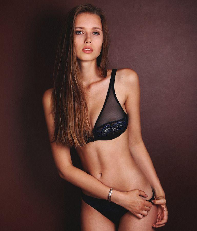 Polina Malinovskaya   Look, Mulheres, Fotos