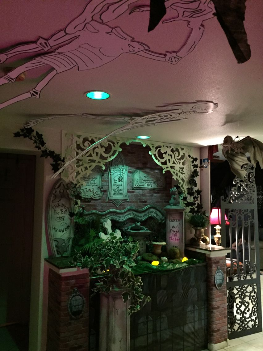 Haunted mansion pet cemetery Halloween 2015 my own props