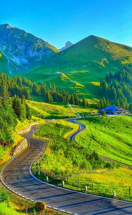 God Must Love Beauty To Lavish Us With So Much Of It Beautiful Nature Nature Nature Pictures