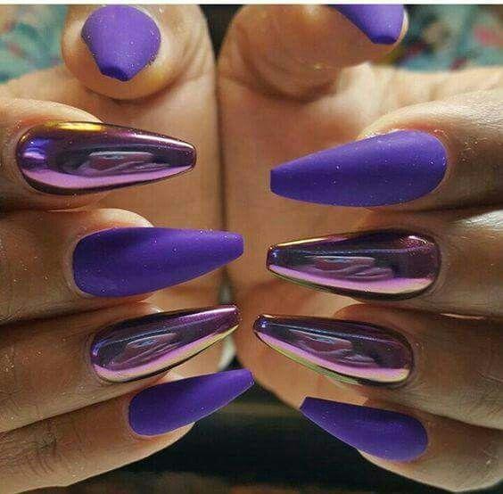 Viola opaco effetto specchio unghie monocolore e nail art nel 2019 nails chrome nails e - Unghie gel specchio ...