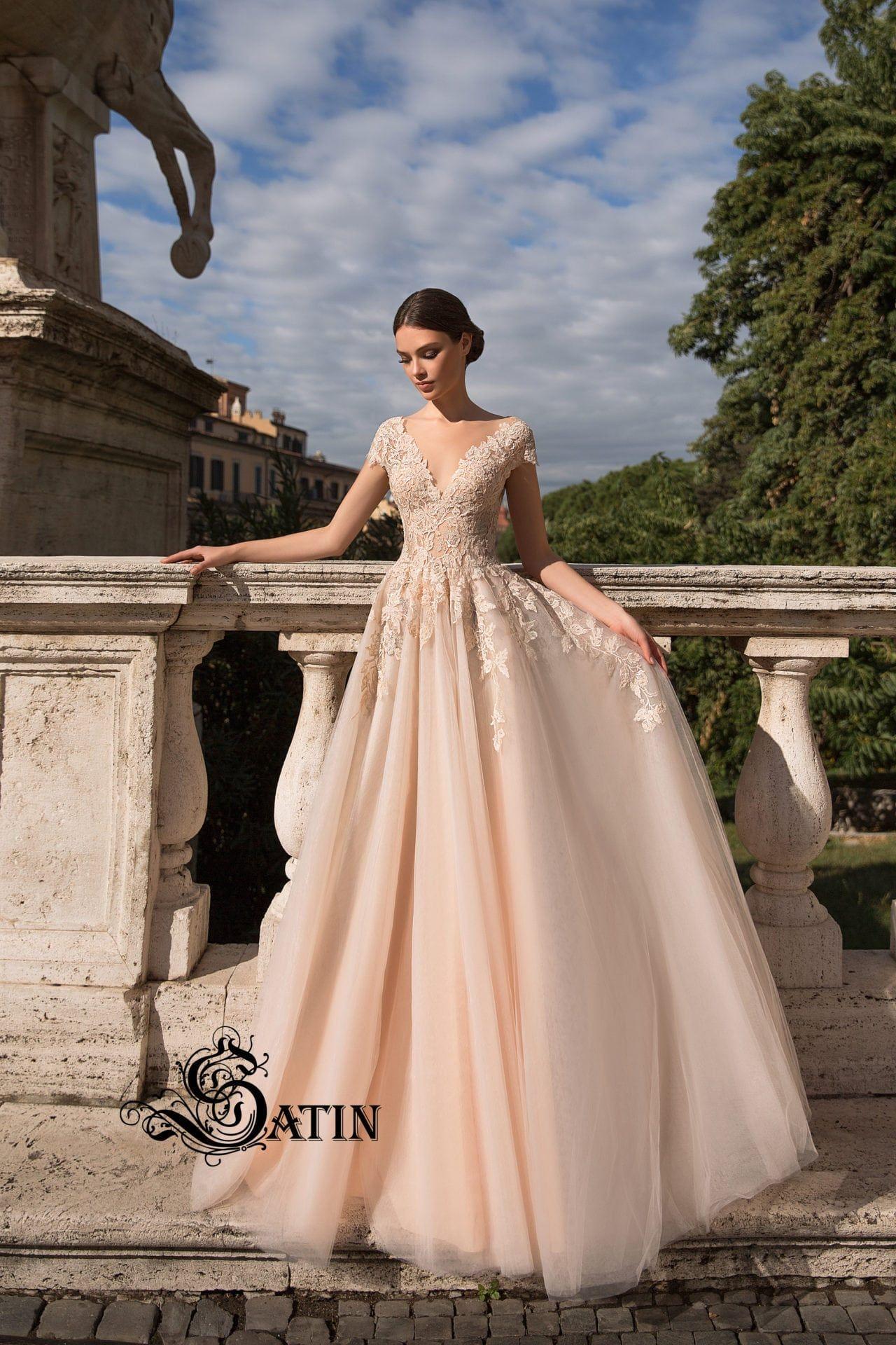 Most expensive wedding dress in the world  Satin Brautkollektion   Solomia  F  Gowns  Pinterest  Satin