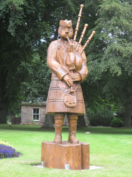 Chainsaw carving scotland welcome to