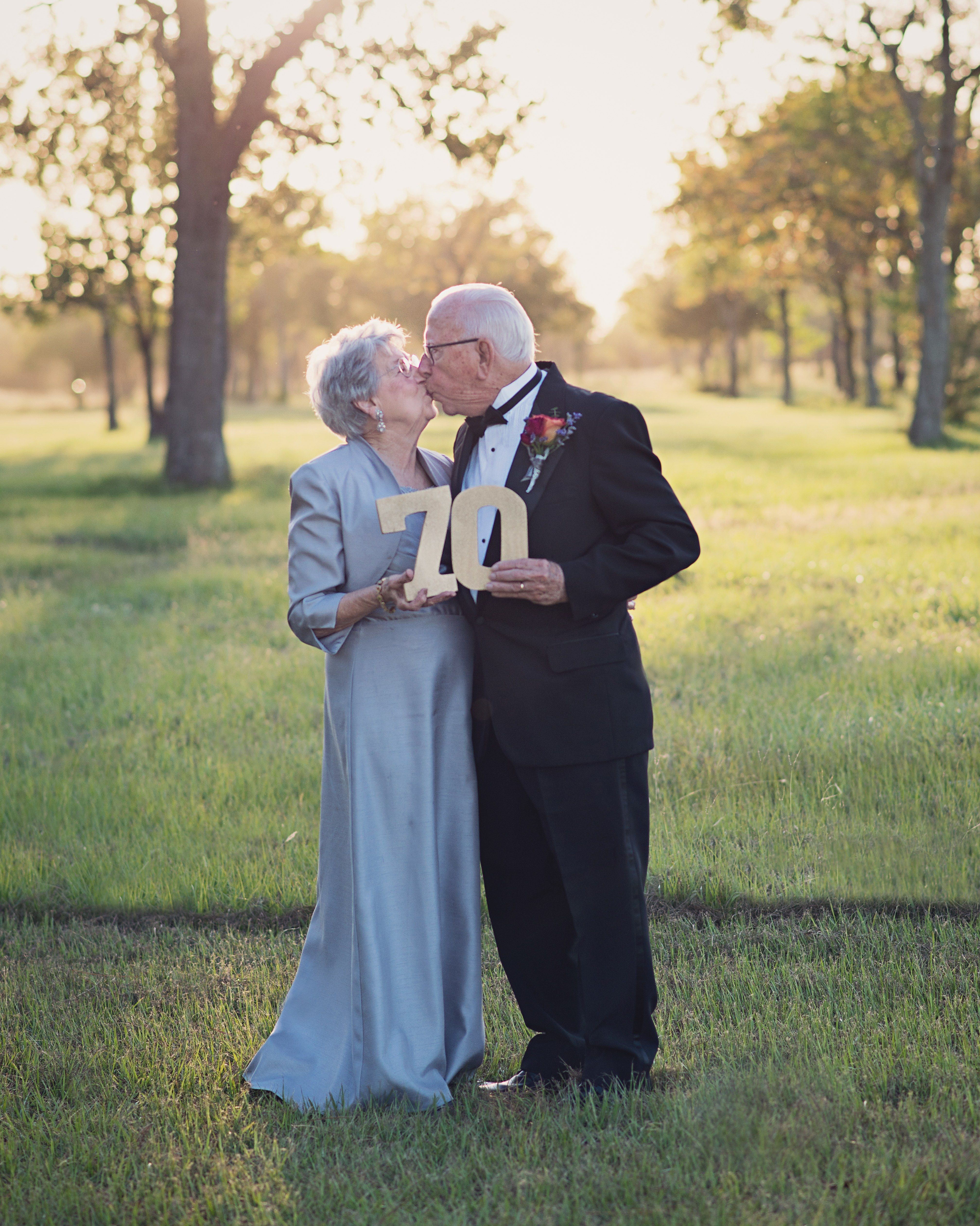 Wedding Reception Ideas For Older Couples: After 70 Years Of Marriage, This Couple Received The