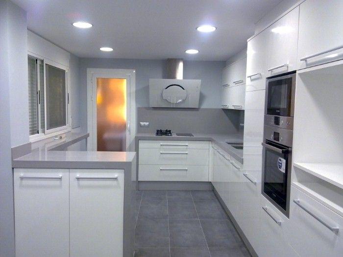 resultado de imagen de cocina blanca y gris