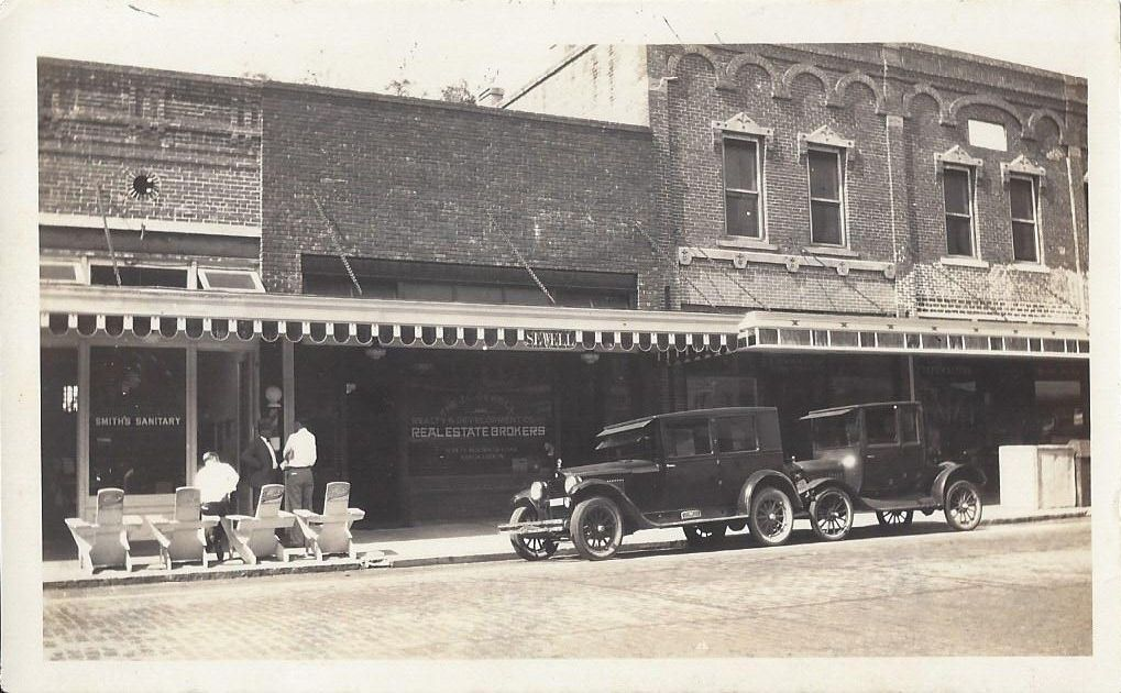 Picture of Downtown DeLand in the early 1900's from the