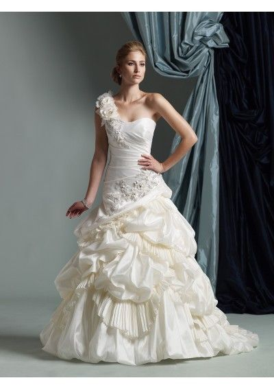 one shoulder wedding dresses - Google Search | ♥ Eendag ...