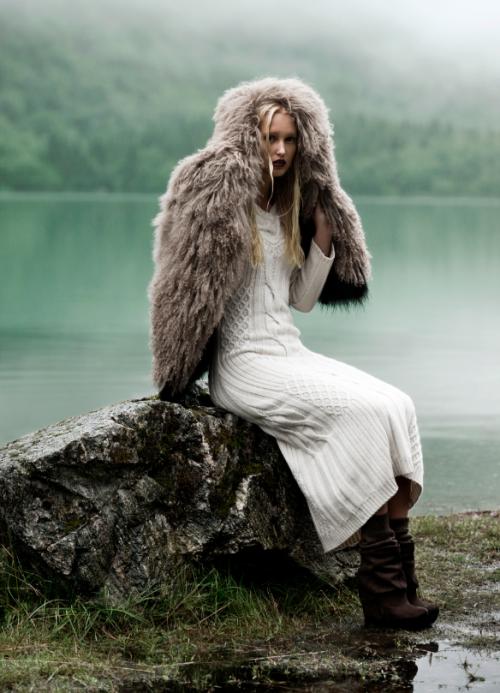 fromobscuretodemure:  Cathrine Nörgaard by Andrea Varani for Diva e Donna.