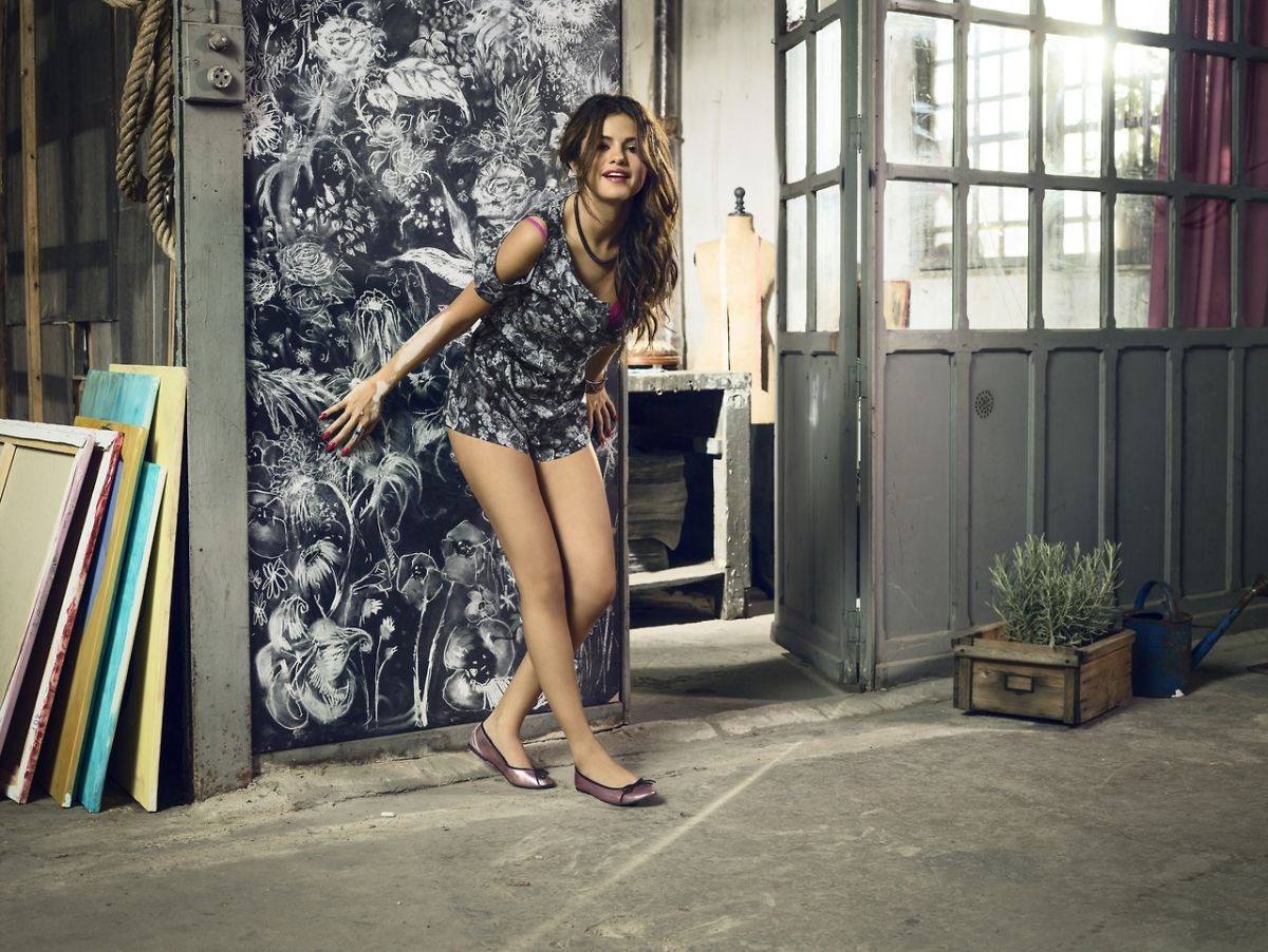 adidas neo collection selena gomez