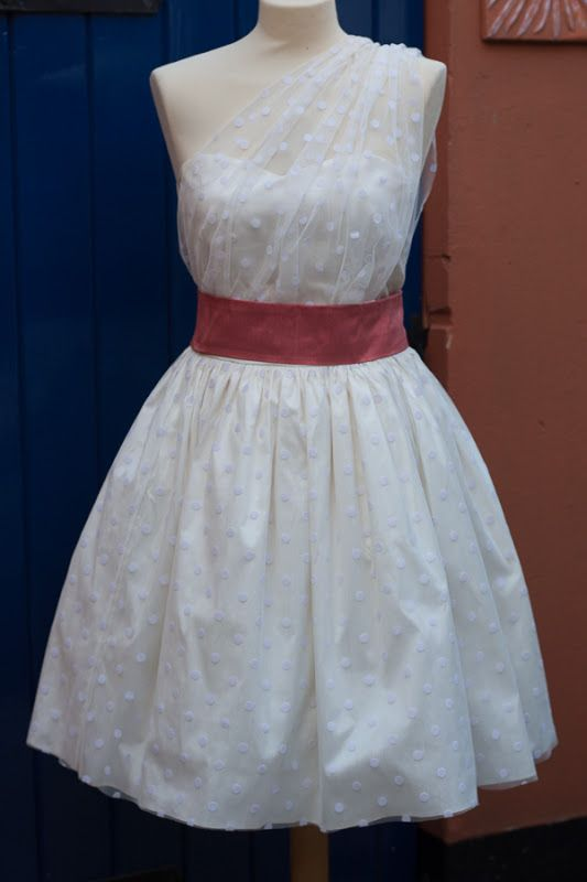 Polka-dot Wedding dress / silk dupion / DIY / Craft / sewing ...