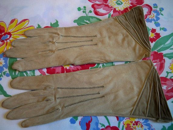 Vintage 1930s Ladies Camel Gloves Tricolor Flared Cuff Rare