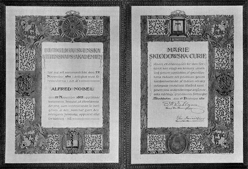 the nobel prize for the discovery of plutonium and radium marie and pierre curie On april 20, 1902, marie and pierre curie successfully isolate radioactive radium   the 1935 nobel prize in chemistry for the discovery of artificial radioactivity.