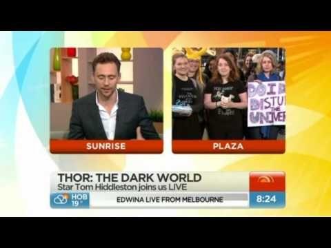 ▶ Tom Hiddleston - Sunrise interview - YouTube
