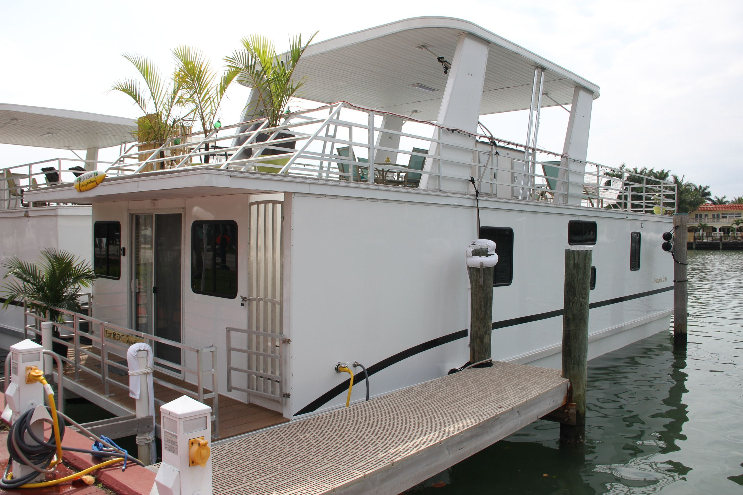 Houseboats For Sale In Oregon