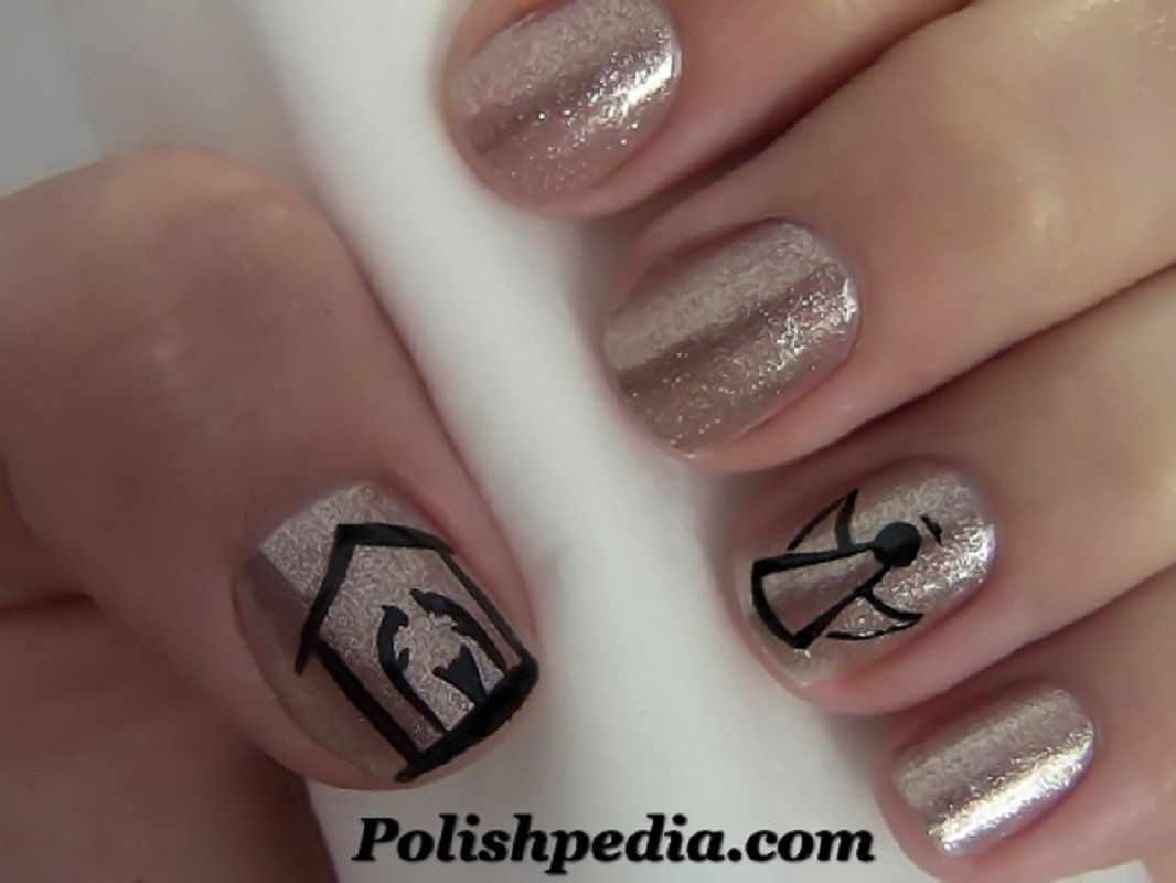 40 Easy Christmas Nail Art Designsdecember 25th Is The Day When The Whole World Celebrates The Christmas Nail Art Christmas Nail Art Designs Holiday Nails Easy