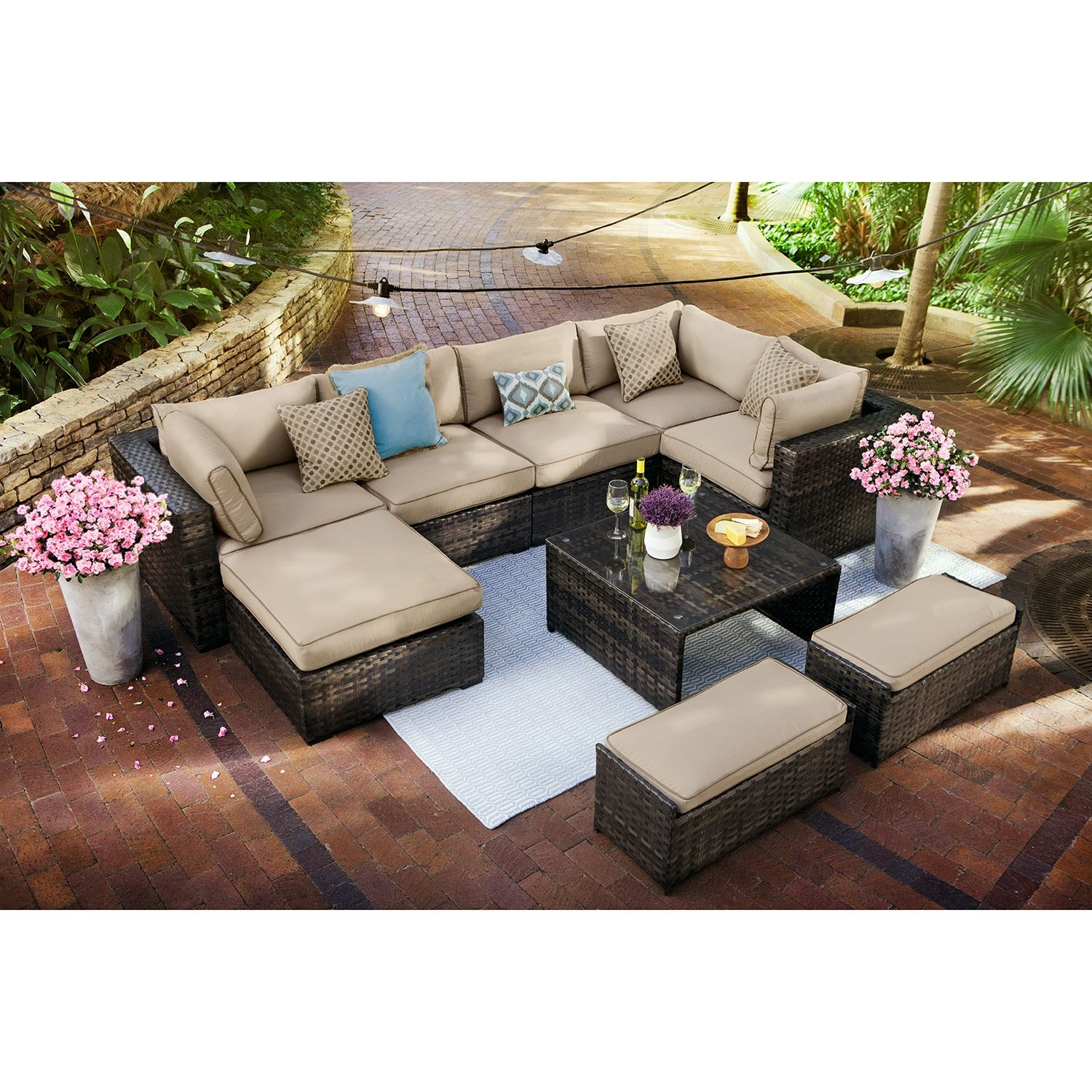 Your Spring Would Be 1000x Better With This Patio Set