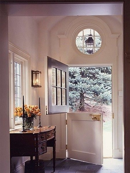the indoors & nature merge as one with this charming Dutch door