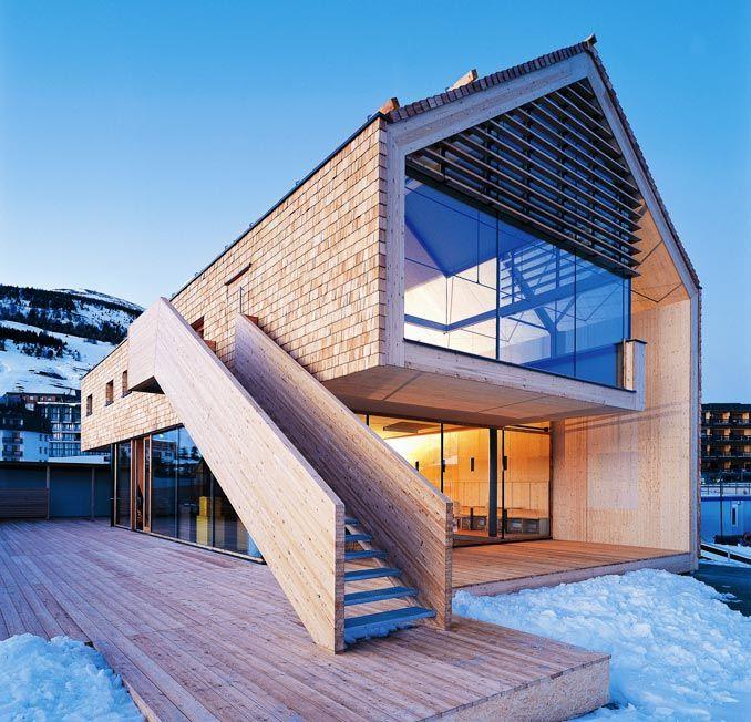 Lärchenschindeln, Schindelfassade, Olympiahaus #arquitectonico