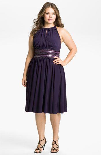Ver modelos de vestidos para fiestas para gorditas