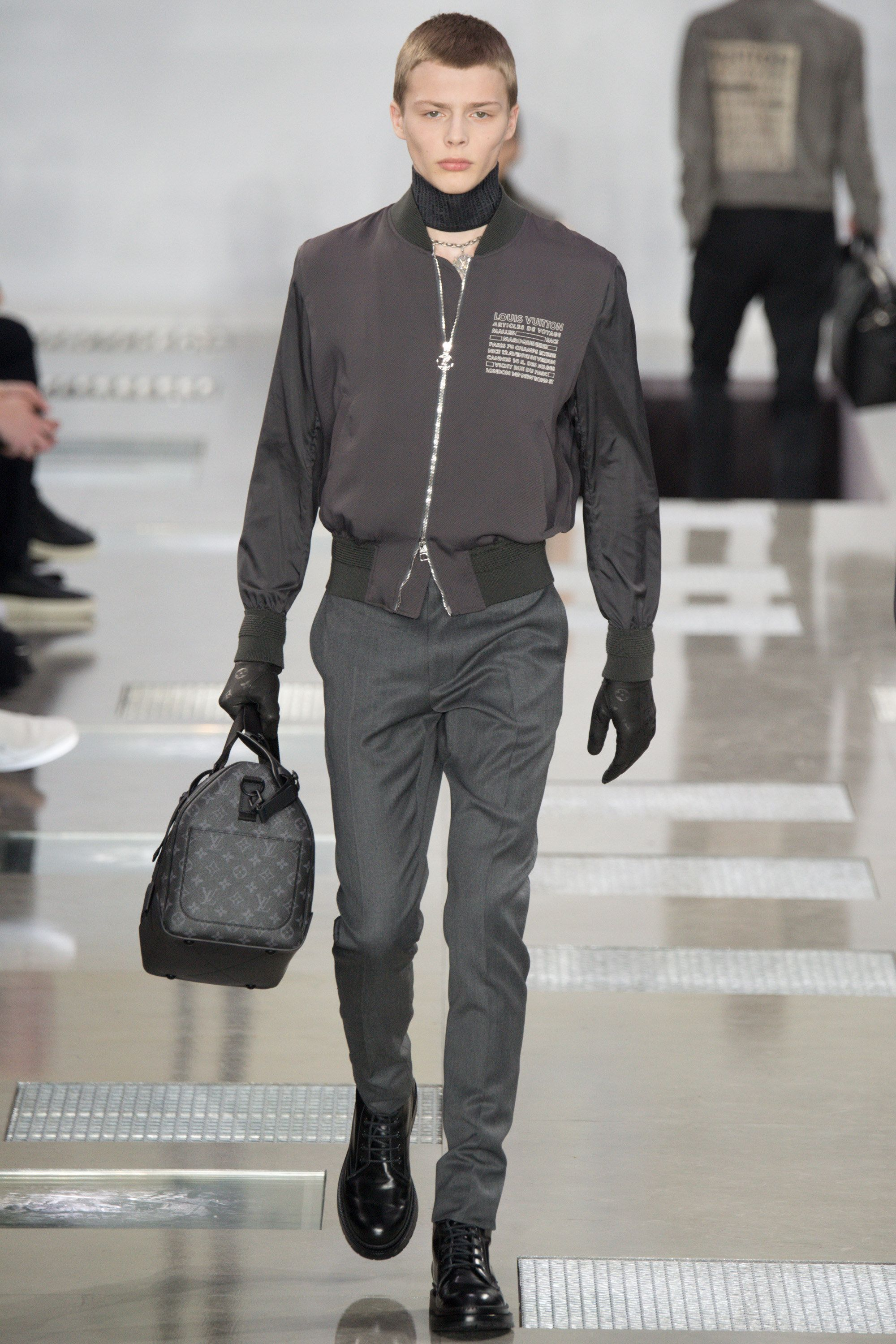 bbb6e610bf4f See the complete Louis Vuitton Fall 2016 Menswear collection.