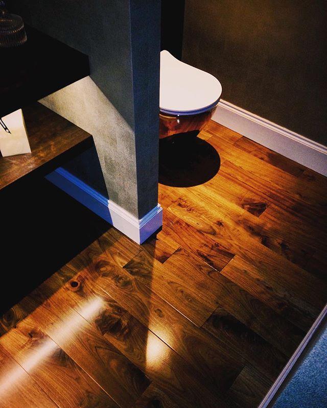 Our 15 3 Engineered Walnut Flooring Used Within This Beautifully Classy Bathroom Thewoodenfloors Wood Flooring Walnut With Images Parquet Design Walnut Floors Flooring