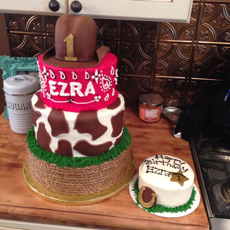 1st birthday cake with smash cake ~ Cowboy cake ~ Cow cake ~ Red bandana cake ~ Fondant cowboy hat cake topper ~ Yeehaa ~ Cake by: Bella Baby Cakes