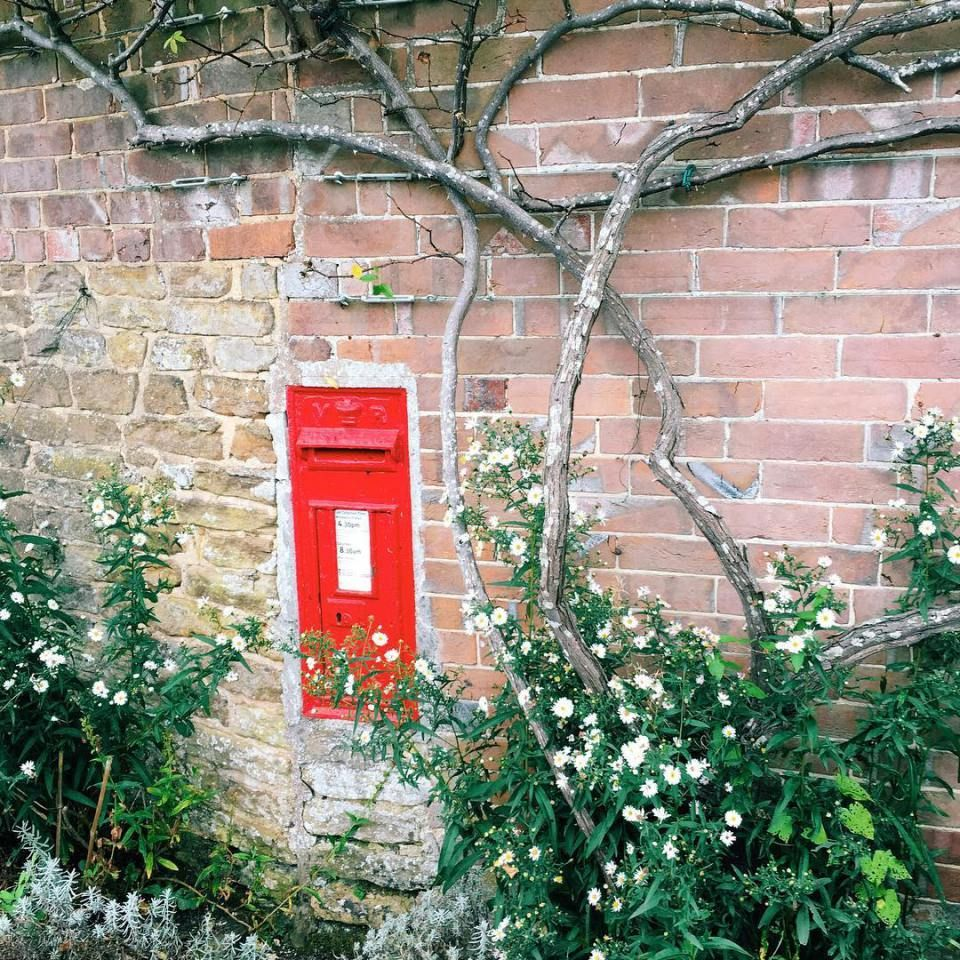 Stumbled Upon This Teeny Tiny Post Box! Lovely Postbox