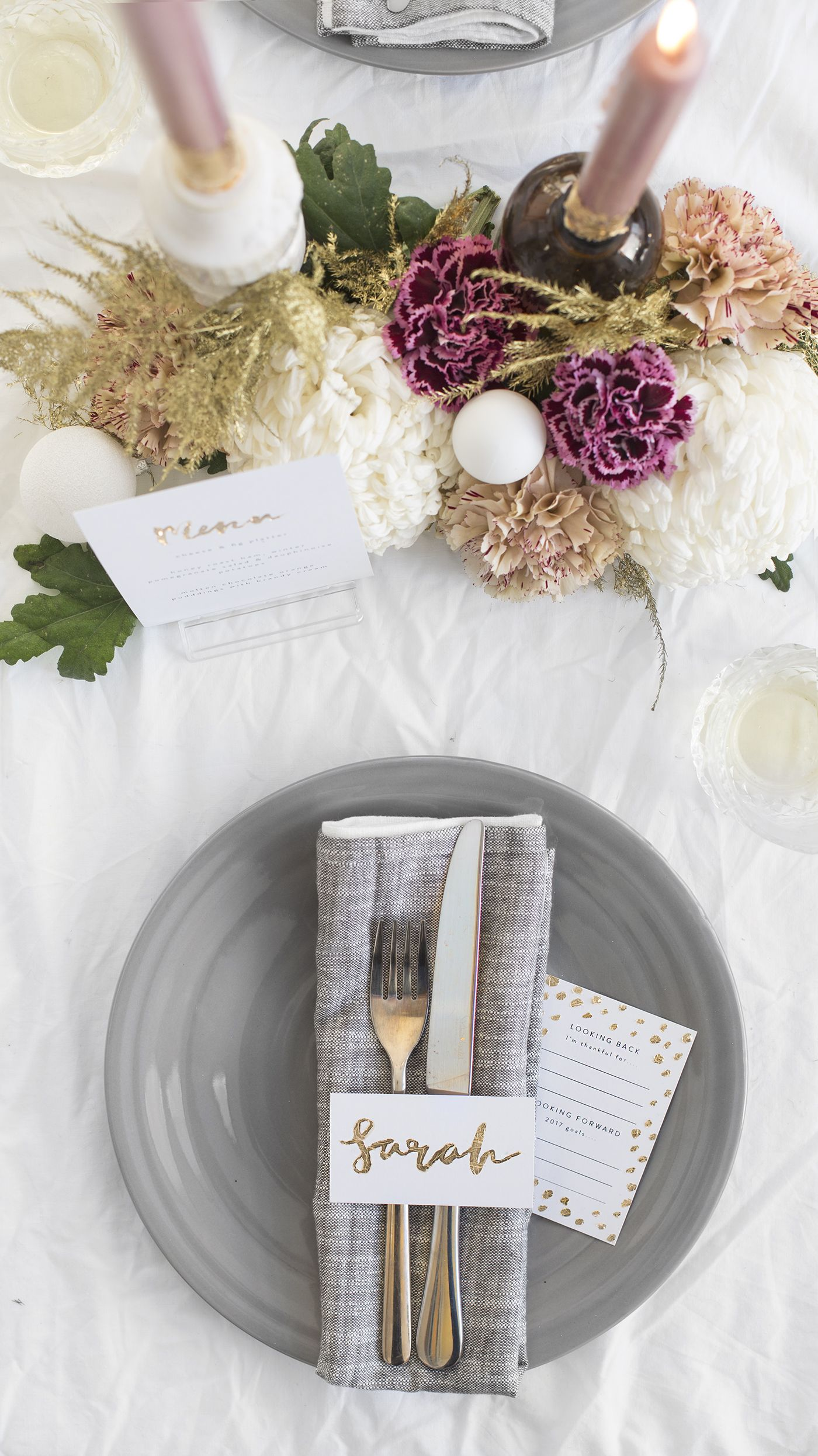 DIY New Year's Eve Table | The Lovely Drawer