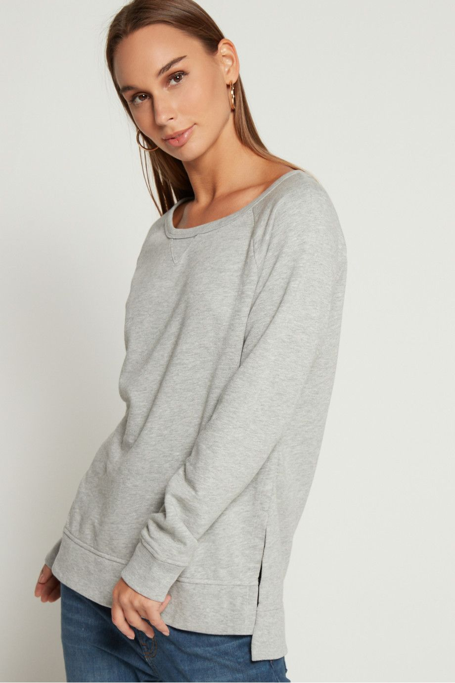 Shop Gap Raglan Sleeve Pullover Sweatshirt Tunic For Women Online Experience Next Level Online Shopping With Nis Tunic Sweatshirt Pullover Pullover Sweatshirt [ 1380 x 920 Pixel ]