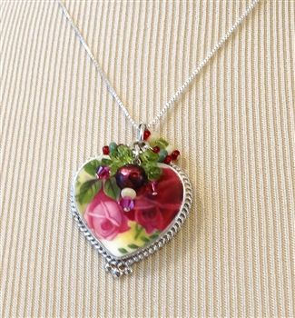 A beautiful vintage pendant, the Authentic Royal Doulton China Necklace!