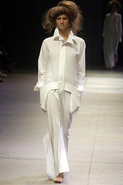 Yohji Yamamoto Spring 2005 Ready-to-Wear - Collection - Gallery - Style.com
