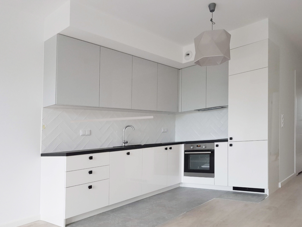 Oferta Ekonomiczna Garderoby Drzwi Na Wymiar Drzwi Nowoczesne Drzwi Wewnetrzne Kuchnie Na Wymiar Meble Kuchenne Szafy Kitchen Cabinets Home Home Decor