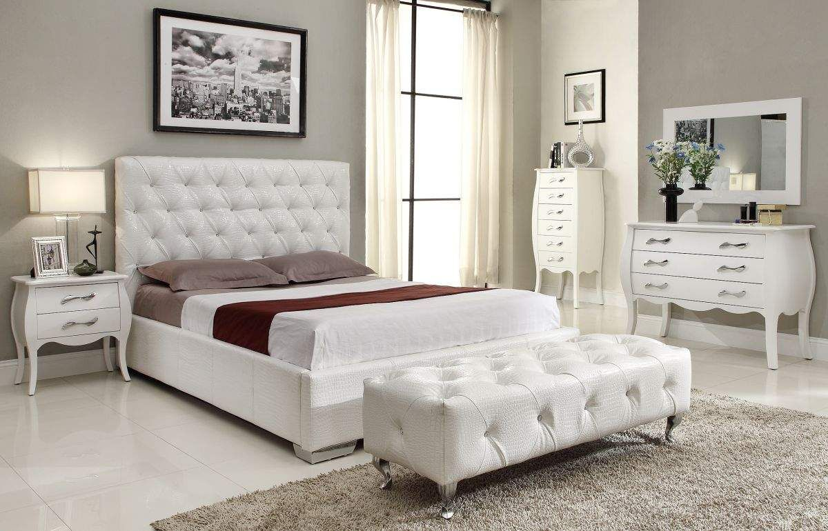 White or Black Crocodile Leather Bedroom Set with Crystals Home