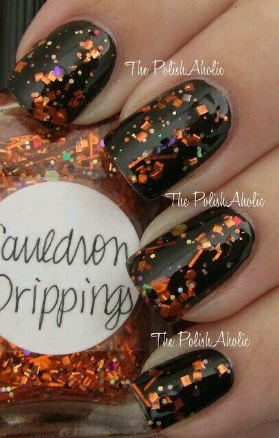 Black And Orange Glitter Halloween Nailart Nailart Nails Black Orange Glitter Halloween Fun Nails October Nails Holiday Nails