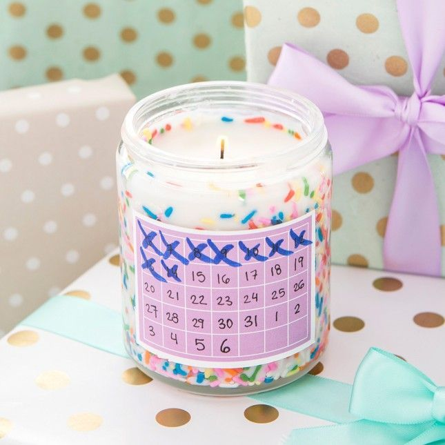 make a wedding countdown candle for the bridetobe