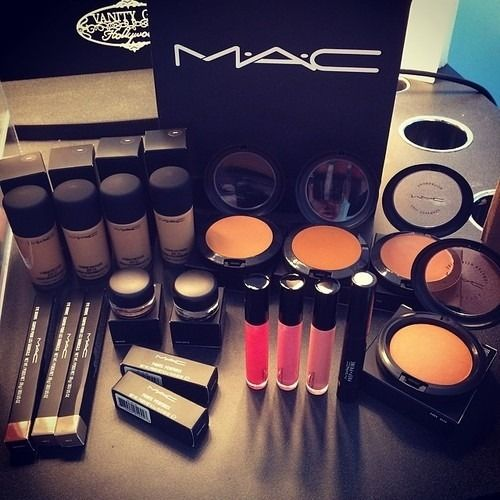 mac make up job