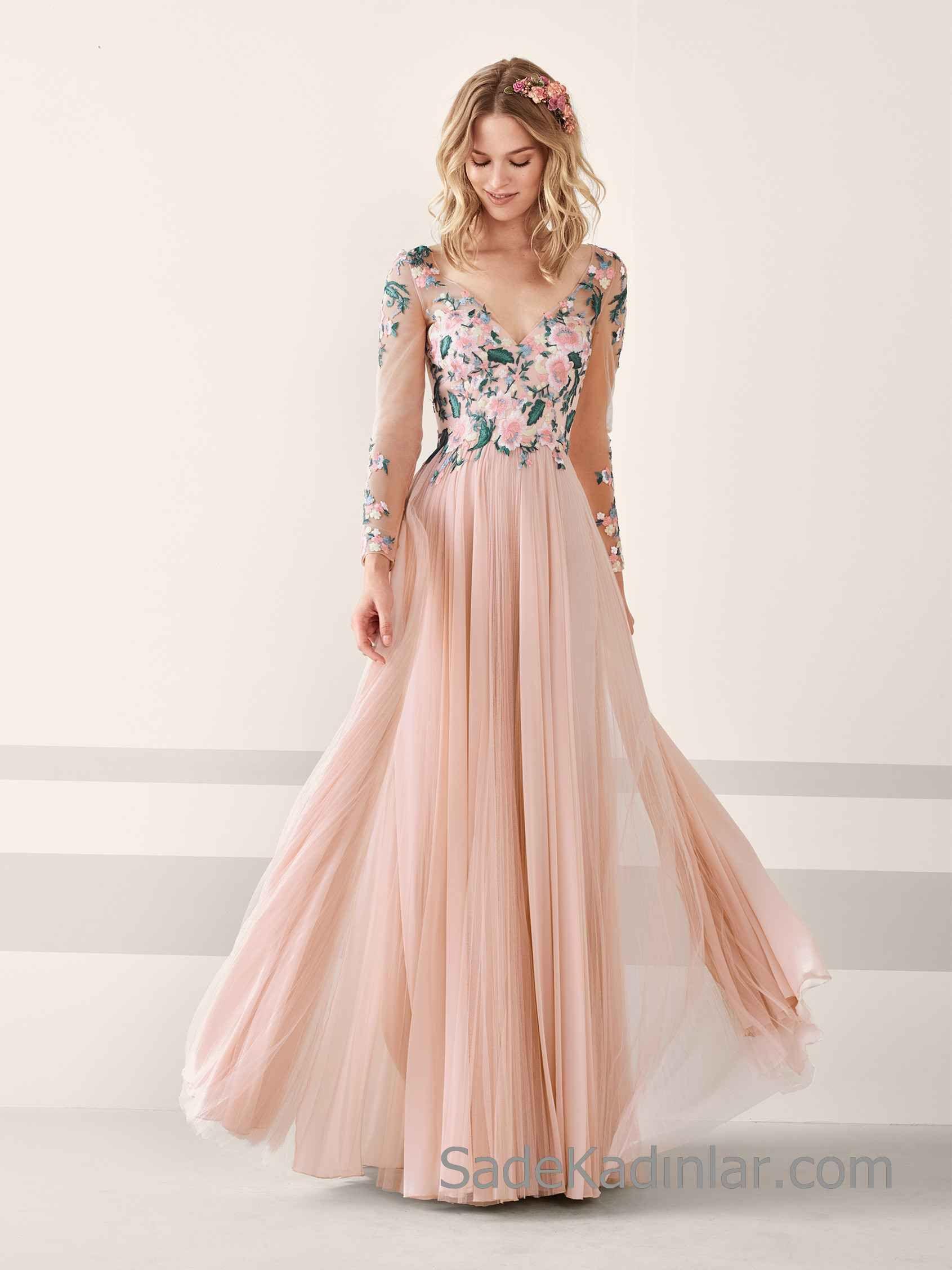 Pronovias 2020 Abiye Elbise Modelleri Pudra Uzun Sifon V Yakali Uzun Kollu Cicek Islemeli Elbise Modelleri Elbise Uzun Elbise