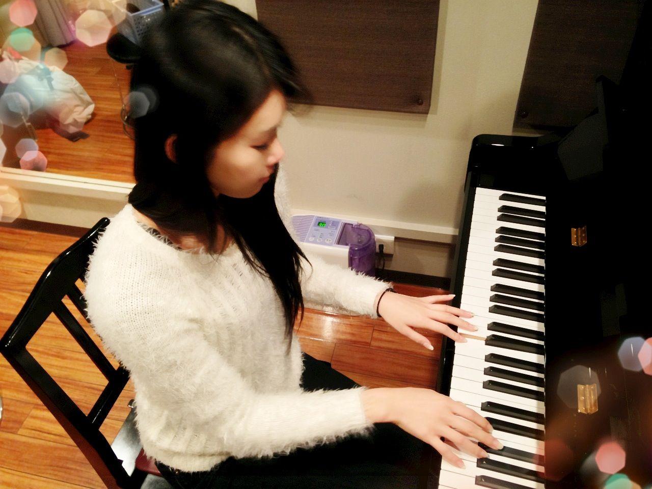 Piano lesson. start 2014 ◟⌣̈⃝◞♥︎