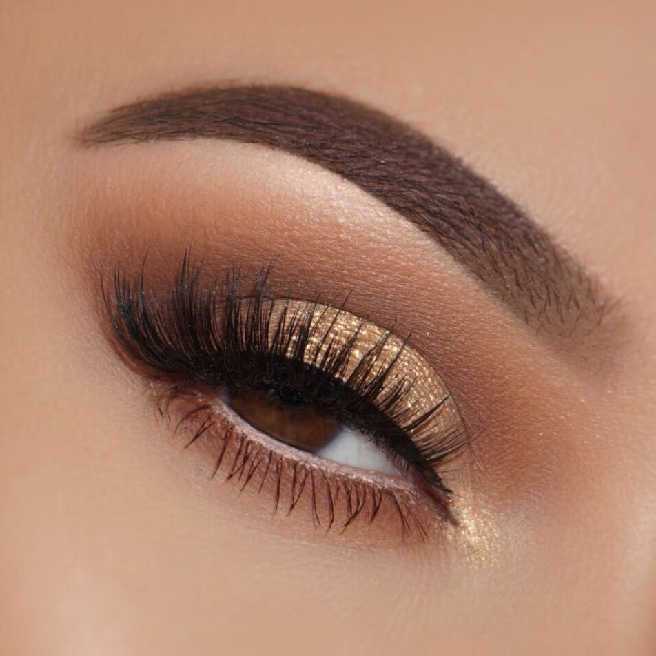 24 Sexy Eye Makeup Looks Give Your Eyes Some Serious Pop - light brown and golden eye makeup #makeup #eyemakeup