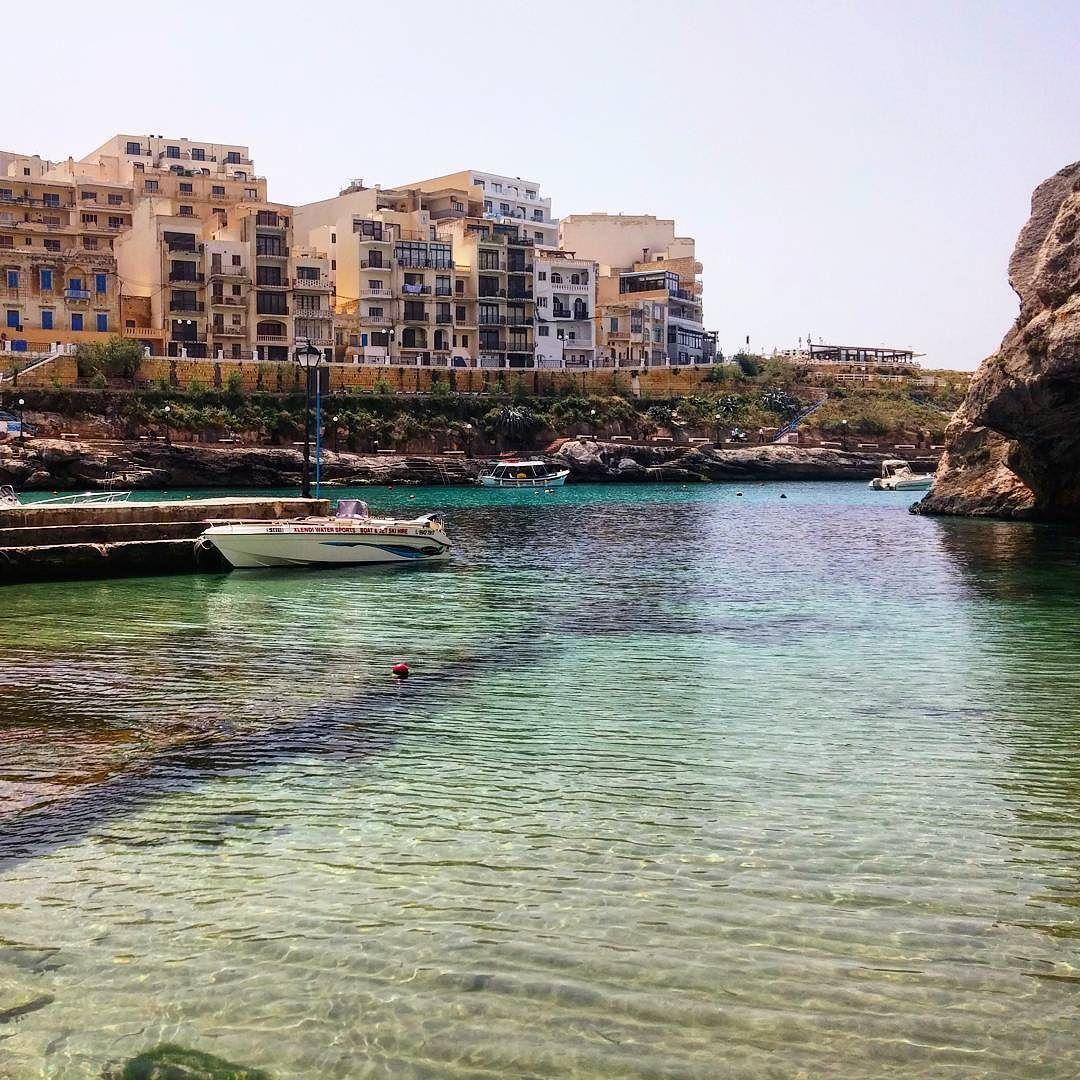 Retour dans la baie de Xlendi 2 ans plus tard. Cette fois c'est sûr je plonge   #MaltaIsMore by chris_voyage #travel