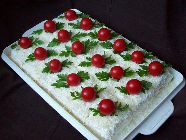 U KUHINJI I OKO NJE: SLANA TORTA (od korica za rozen tortu)