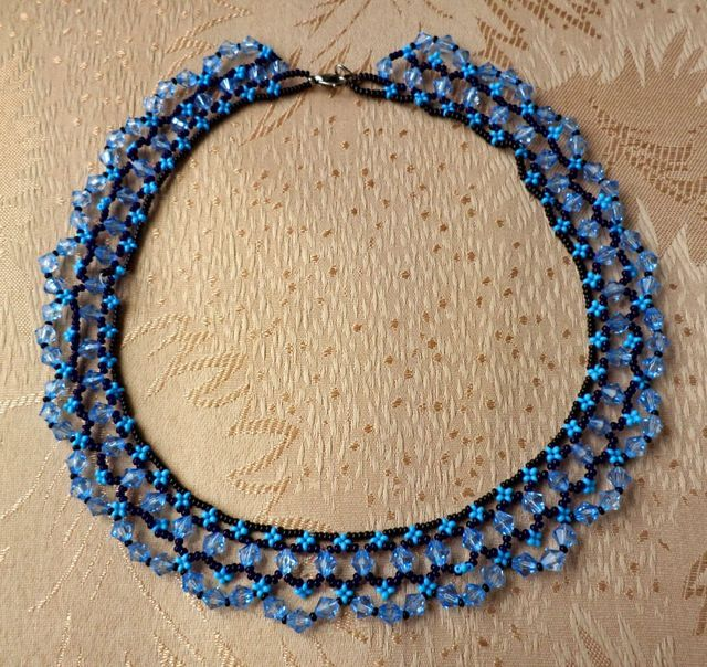Free pattern for beaded necklace Scilla   U need: seed beads 11/0 crystal bicones 6 mm